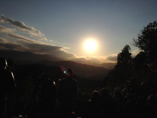 高尾山山頂にて。もう少しで日が沈みます。@2011/12/23 高尾山