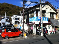 Yuhki Shokudo, this seafood-specific bistro is popular by many cyclists around Tokyo-Kanagawa area.