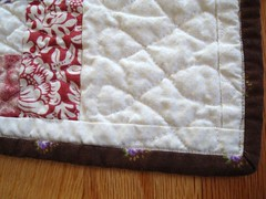 G Mary quilt machine-bound corner