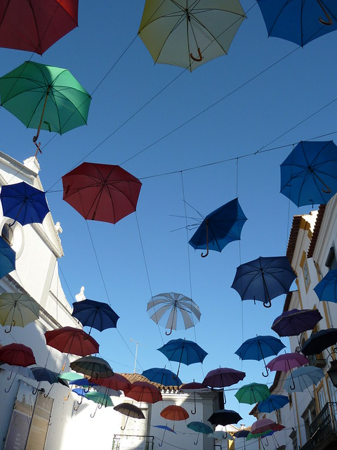 it's raining umbrellas!!!