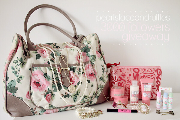 blog giveaway items