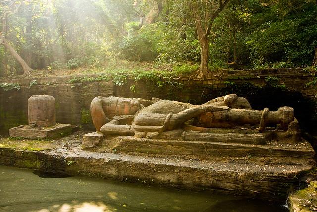 Reclining Vishnu, Bandhavgarh