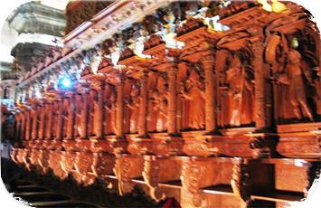 escultura-interior-de-la-catedral-del-cusco