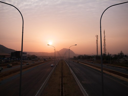 africa road morning sun sunrise highway time westafrica nigeria 60mm afrique abuja photospecs asorock federalcapitalterritory