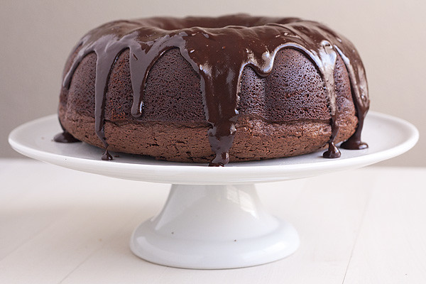 Chocolate Stout Bundt Cake - Handle the Heat