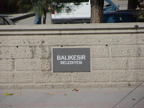 Balikesir: Balikesir Belediyesi sign