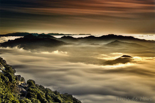 naturaleza mountain nature fog sunrise landscapes nikon natura paisaje catalonia amanecer catalunya niebla cataluña montañas paisatge berga queralt bergueda boira muntanyes albada santuaridequeralt d7000 panoramafotográfico rememberthatmomentlevel1