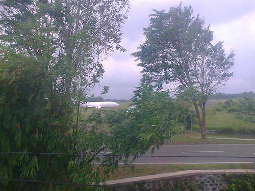 Pesawat Landing