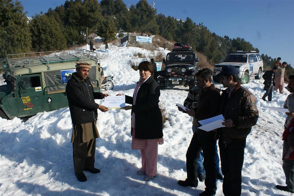 Muzaffarabad Jeep Club Snow Cross 2012 - 6830735243 bcdf699a2d b