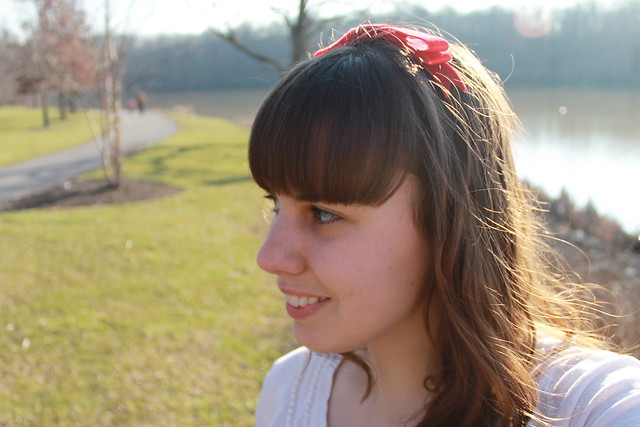 How to make a velvet ribbon hair bow