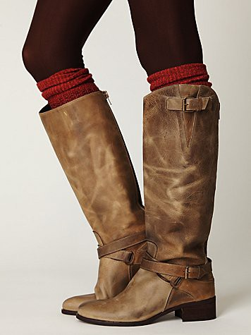 Style Mission: Wide Calf Boots — Brittany Herself - Curvy Girl Guide