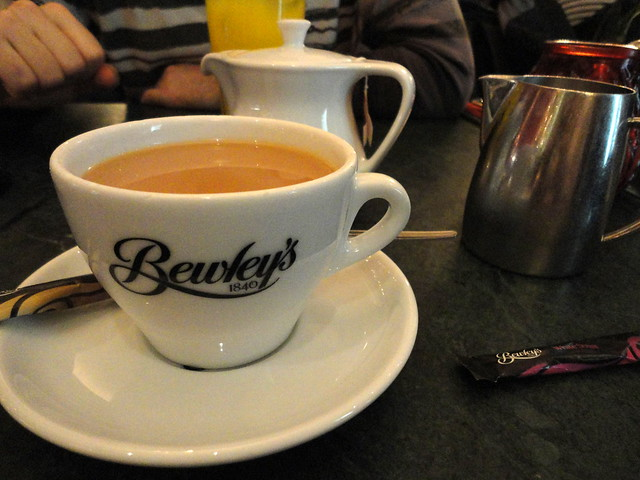 Gold Blend Tea, Bewley's