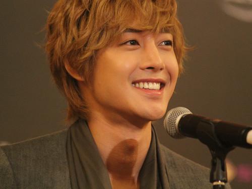 Kim Hyun Joong at MAMA Awards 2011 [111129]