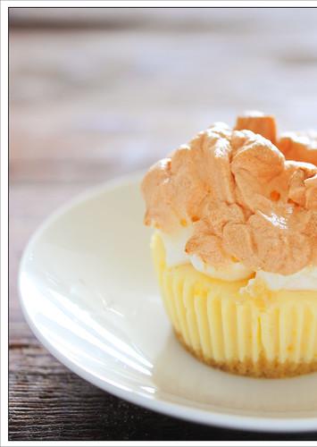 little lemon meringue pies8