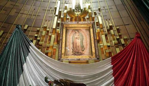 Image result for virgen de guadalupe en la basílica images