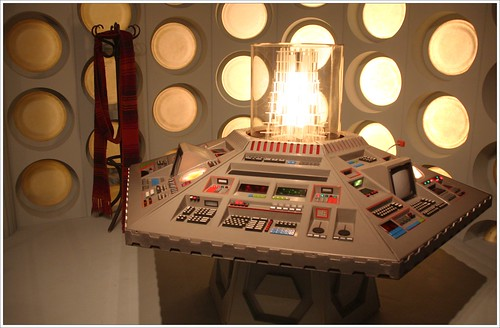 "TARDIS console ""Old School"""
