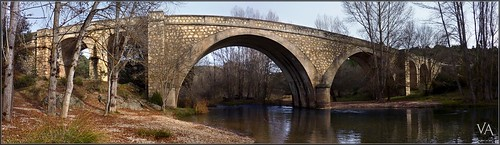 bridge panorama españa luz rio stone rural creek puente lumix spain village view availablelight small pueblo guadalajara panoramic noflash panasonic va panoramica vista handheld palomar arroyo pequeño lamancha castilla piedra castile disponible sinflash tz7 apulso valtablado zs3 trensamiro