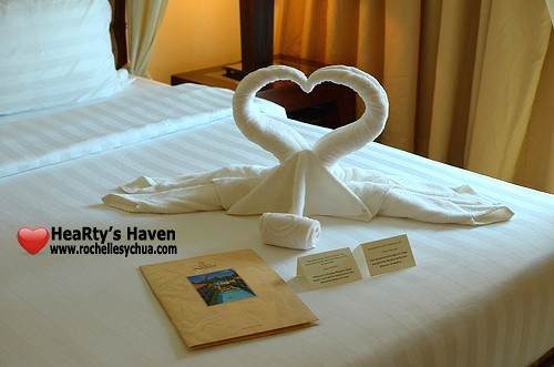 Boracay Mandarin Island Hotel Dove Towels