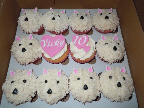 Vicky's Westie cupcakes for her 10th birthday