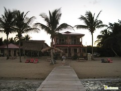 beach front hotel belize