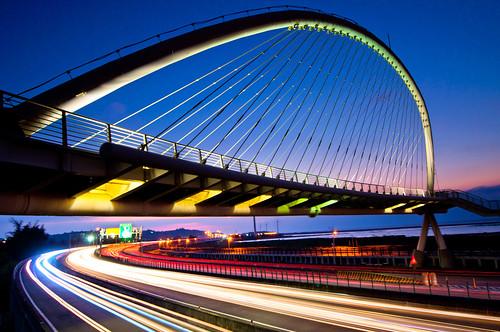 [フリー画像素材] 建築物・町並み, 橋, 尾灯・テールランプ, 風景 - 台湾 ID:201202021600