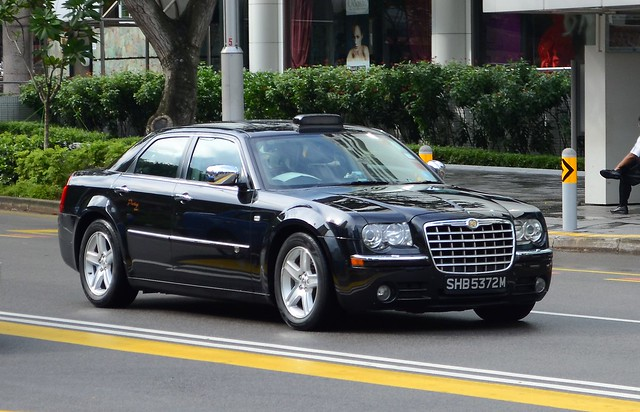 SMRT TAXIs Prestige Chrysler 300C Limousine Taxi | Flickr - Photo ...
