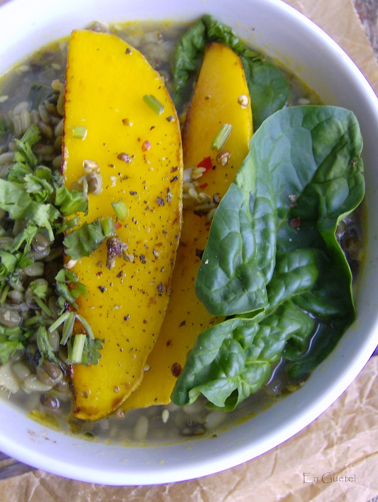 Lentejas indias con mango y espinaca