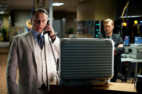 Michael Nyqvist as Kurt Hendricks