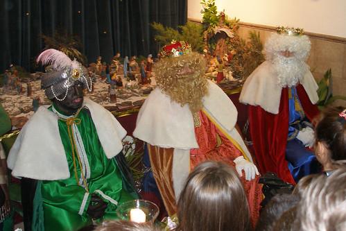 Los Reyes Magos visitan a los niños del Rescate (IX)