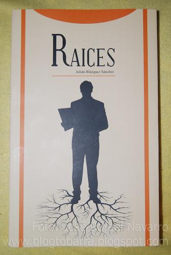 """Presentación libro """"Raíces"""" de Julián Blázquez Sánchez"""