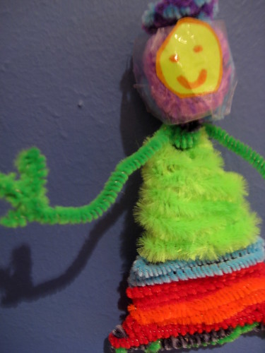 kids art project pipe cleaners