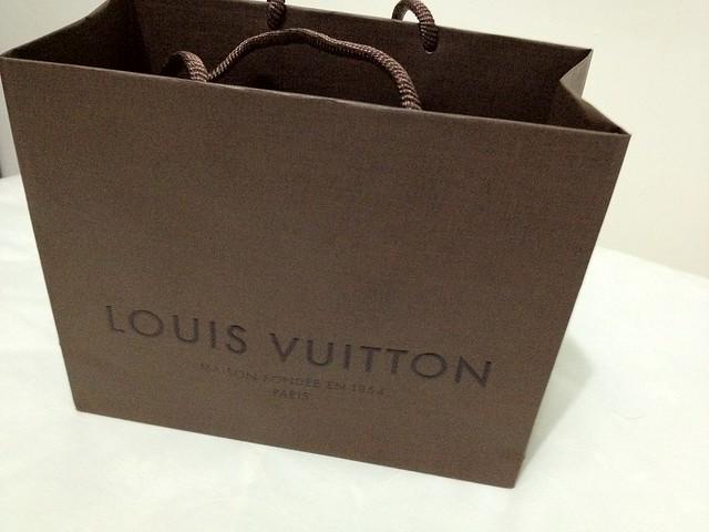 ... louis vuitton shop bags 53041c145d6d