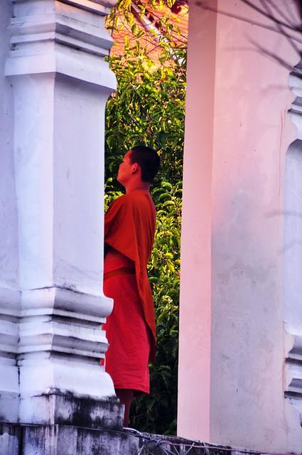 Ringing the Bell, Wat Chedi Luang, Chiang Mai
