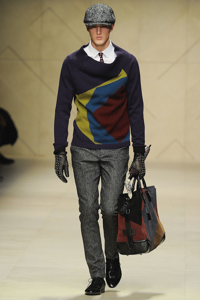 James Smith3537_FW12 Milan Burberry Prorsum(VOGUE)