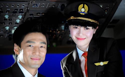 20111213_Goo-Hye-Sun-Ji-Jin-Hee
