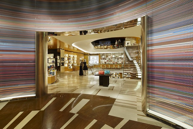 LV_01 2012_Roma_Store_004