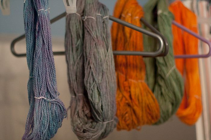 Playing with Wool & Food Color