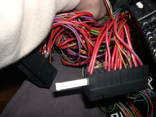 E36 Fuse Box Removal : Fuse box wiring question