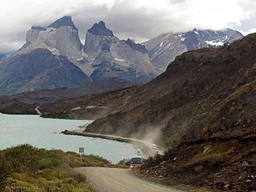 TORRES DEL PAINE - CHILE by Pablo C.M || BANCOIMAGENES.CL