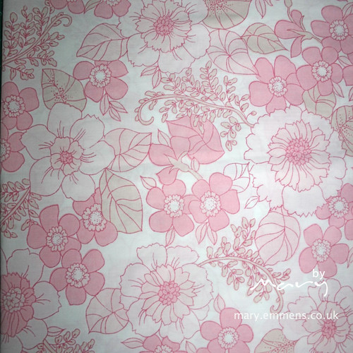 Vintage pillowcase - pink floral
