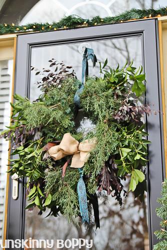 DIY Evergreen Christmas wreaths (10 of 16)