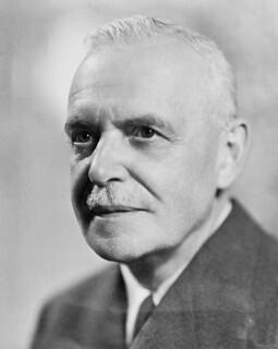 The Rt. Hon. Louis St. Laurent (ca. 1950), Prime Minister of Canada from 1948 to 1957 / Le très honorable Louis St-Laurent (vers 1950), premier ministre du Canada de 1948 à 1957
