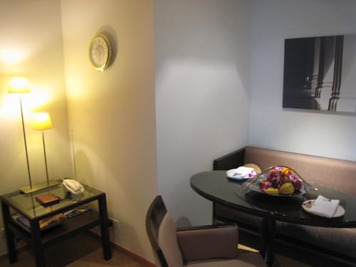 LE BUA room8