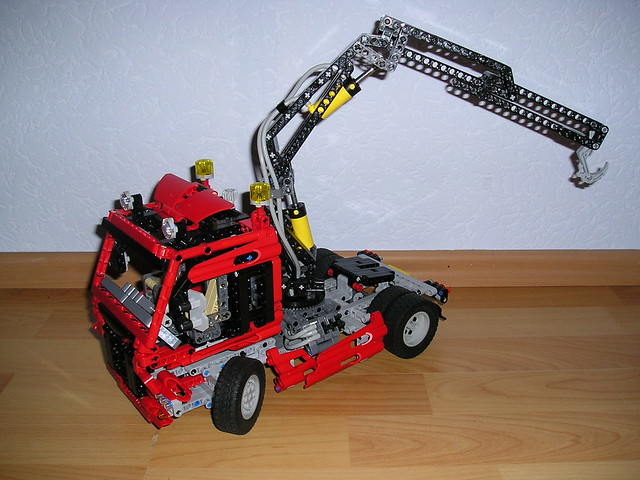 lego technic 8436 truck mit pneumatik kran flickr. Black Bedroom Furniture Sets. Home Design Ideas