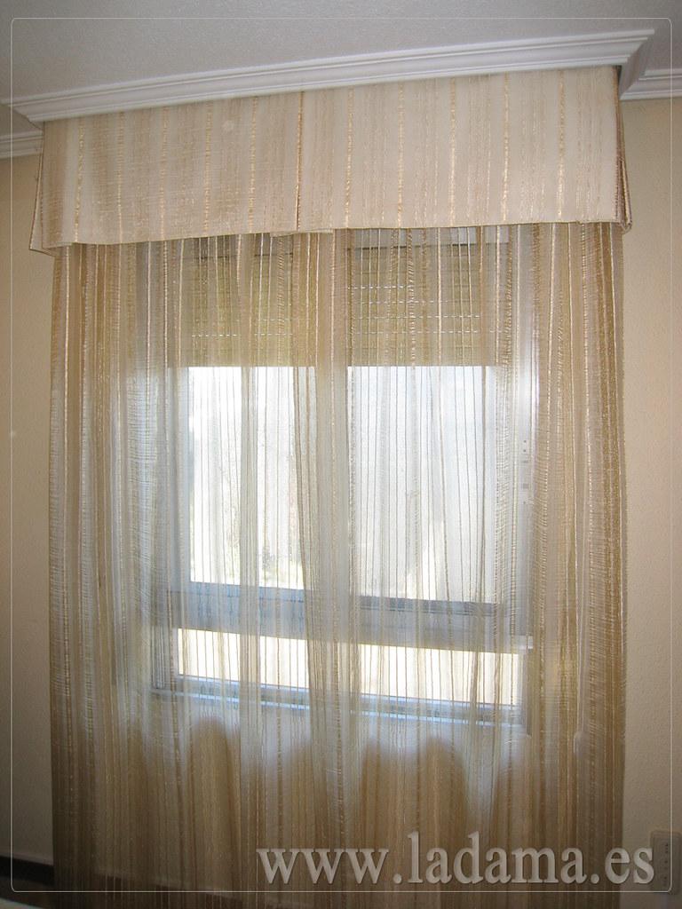 Fotograf as de cortinas en salones cl sicos la dama - Decoracion cortinas y estores ...