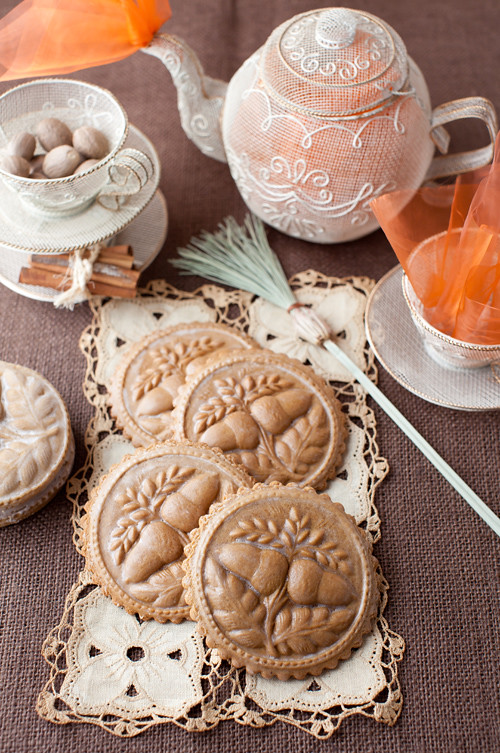 Molded_Gingerbread_Cookies_1