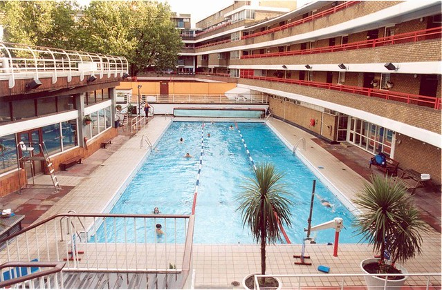 Photo - Outdoor swimming pool covent garden ...