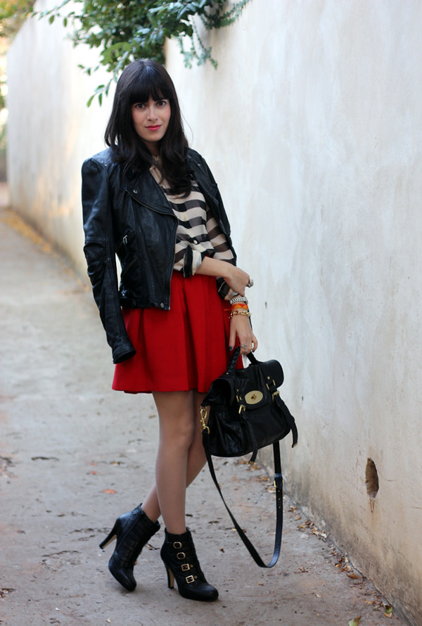 leather_jacket_pleated_skirt2