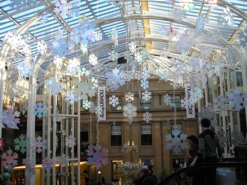 Christmas decorations in Princes Square