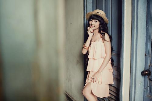 [フリー画像素材] 人物, 女性 - アジア, ワンピース・ドレス, 帽子, ベトナム人 ID:201201011600